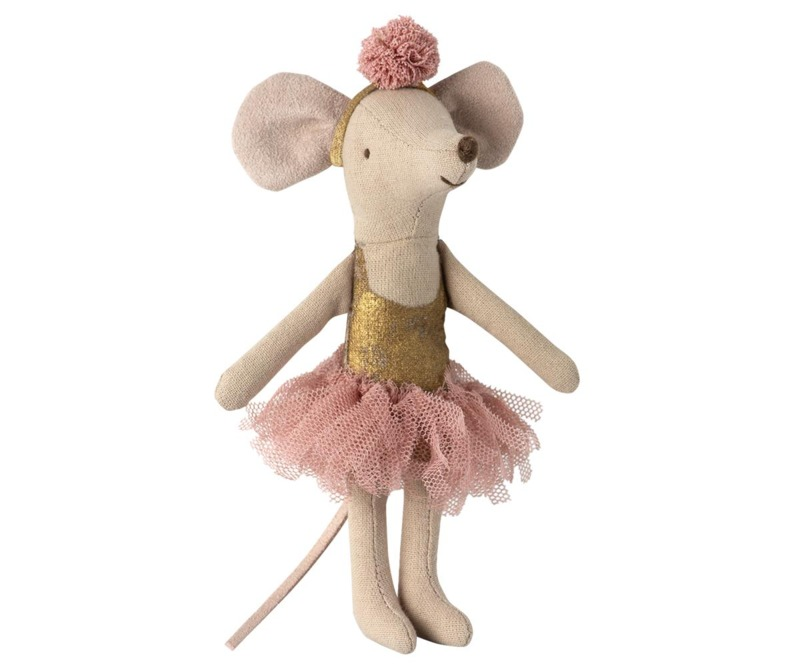 dance-room-con-big-sister-mouse-maileg